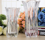China Royal Glass Crystal Transparent Glass Vase Flower Decoration Machine Press factory
