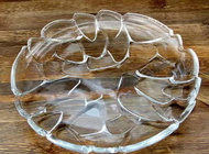 China 34cm Irregular Glass Fruit Plate / Transparent Plates Glass For Turkey On Christmas factory