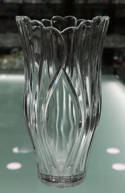 Transparent Flower Shape Glass Floral Containers Wide Top Tall